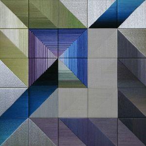 Danguolė Brogienė. Mėlynųjų hortenzijų žydėjimas. 2012 m., aut. techn., šilkas, liureksas, vilna. 100 x 100 cm.