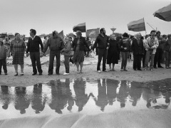 Romualdas Požerskis. Fotografija. Apkabinkime Baltiją. 1988-09-03.